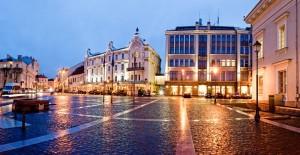 Rotuðës aikðtë, Didþioji gatvë. Vilniaus senamiestis.